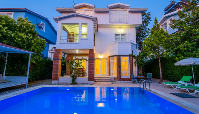 White Diamond Villa